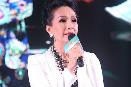 U60 Diem My quy phai trong showcase phim 'Ve si Sai Gon' - Anh 3