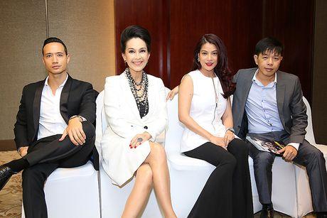 U60 Diem My quy phai trong showcase phim 'Ve si Sai Gon' - Anh 8