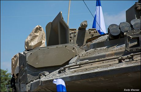 Trophy APS se giup xe tang Israel 'vo doi' tren chien truong? - Anh 2