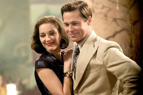Marion Cotillard ke lai canh nong voi Brad Pitt trong 'Allied' - Anh 1
