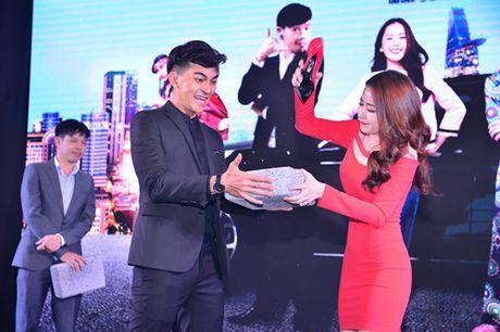 "Thai Hoa - Kim Ly: Cap doi ""ky la"" cua showbiz Viet - Anh 4"