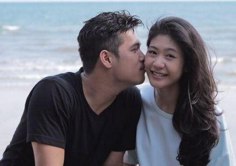 Duong tinh tuong em dep cua Truong The Vinh va ban gai co truong - Anh 6