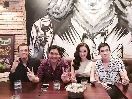 Sao Viet 15/11: Midu - Harry Lu co 'tuong phu the', Trang Cherry lo anh 'lay loi' - Anh 3