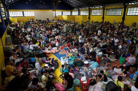 Hoa hoan thieu rui hang tram ngoi nha o Philippines - Anh 2