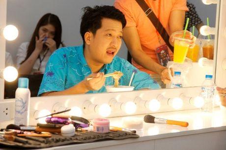 Thach Thuc Danh Hai: Tran Thanh choc que Truong Giang an mac que mua - Anh 6