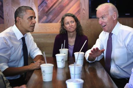 Cu dan mang 'che' hoi thoai hai huoc ve Obama va Pho tuong - Anh 4