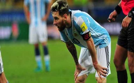"""Argentina – Colombia: Cho """"Dang cuu the"""" Messi - Anh 1"""