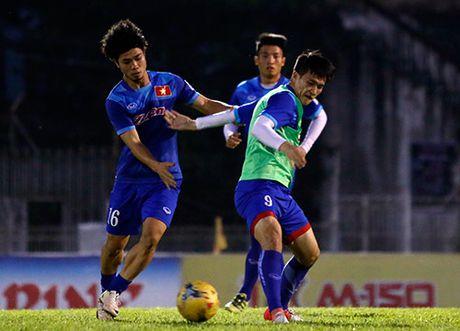 DT Viet Nam tap tren san day chim hot veo von o Myanmar - Anh 10