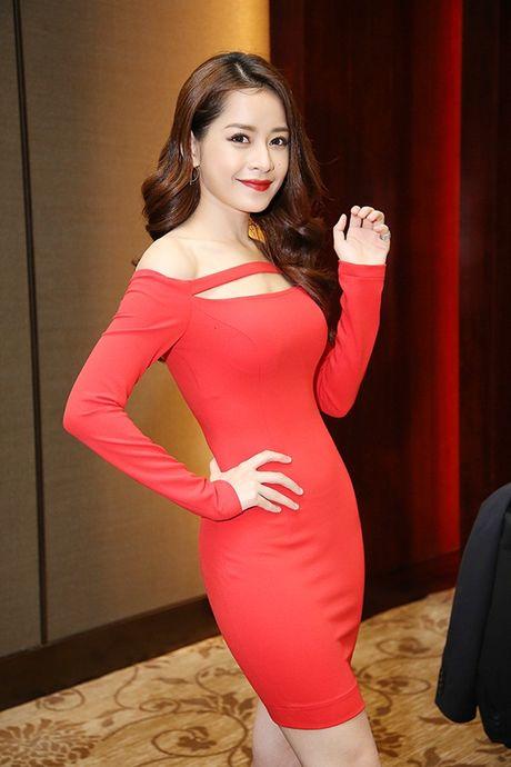 Chi Pu khoe duong cong voi vay body bo sat - Anh 1