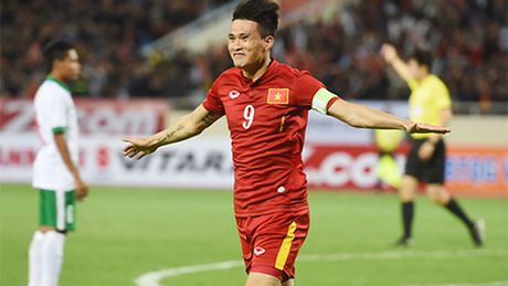 Cong Vinh sanh cung Ronaldo, Messi o danh sach ghi ban cap doi tuyen - Anh 1