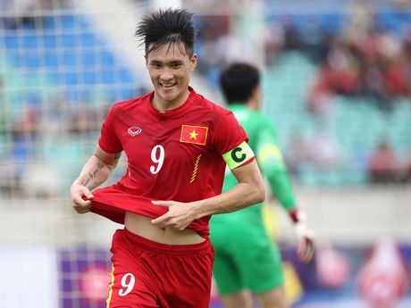 Toa sang o AFF Cup 2016, Cong Vinh co the vuot... Neymar, Van Persie hay Rooney - Anh 2