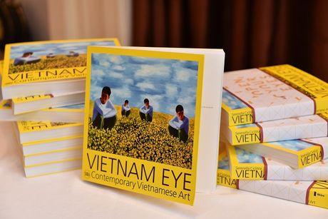 Gioi thieu 56 nghe sy duong dai tieu bieu Viet Nam - Anh 2