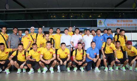 Chum anh tuyen Viet Nam len duong 'san vang' AFF Cup - Anh 2