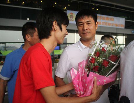Chum anh tuyen Viet Nam len duong 'san vang' AFF Cup - Anh 4