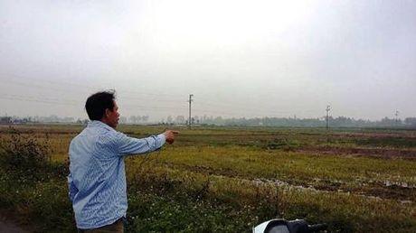 Tien Lang, Hai Phong: Ky luat nguyen Chu tich UBND va Pho Bi thu Dang uy sai pham trong don dien doi thua - Anh 1