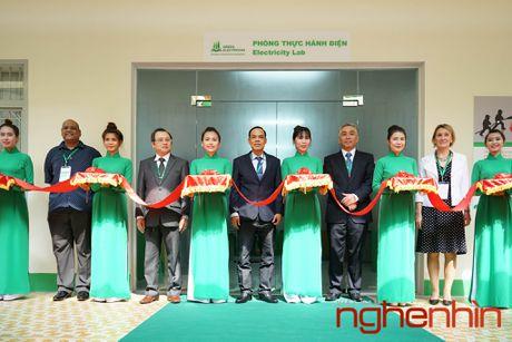 Schneider Electric mo 'Phong thuc hanh dien' tai Tp.HCM - Anh 2
