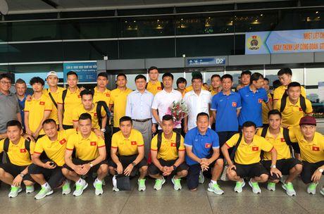 DTQG Viet Nam chinh thuc len duong tham du AFF Suzuki Cup 2016 - Anh 1