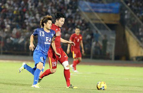 Doi tuyen Viet Nam hung huc khi the len duong sang Myanmar - Anh 3