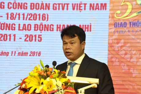 Cong doan GTVT Viet Nam don nhan Huan chuong Lao dong Hang Nhi - Anh 2