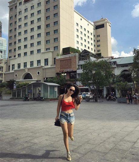Ha Anh nong bong 'chet nguoi' con em gai cung sexy khong kem - Anh 14