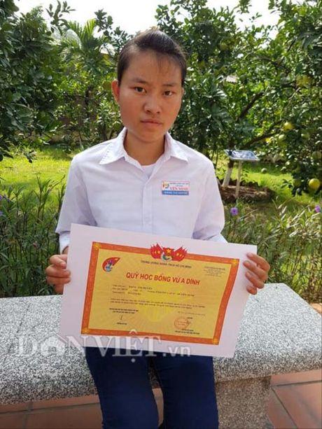 Phu phang voi nu sinh doat giai quoc gia van 'truot' dai hoc - Anh 1