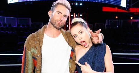 Adam Levine muon roi ghe nong, The Voice US sap 'tan ra' vi… Miley Cyrus? - Anh 1