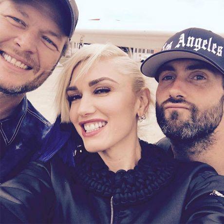Adam Levine muon roi ghe nong, The Voice US sap 'tan ra' vi… Miley Cyrus? - Anh 3
