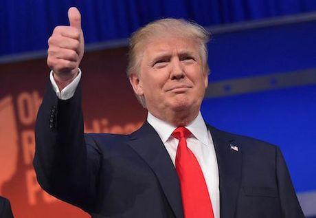 Trung Quoc doa han che iPhone neu Trump gay chien tranh thuong mai - Anh 1