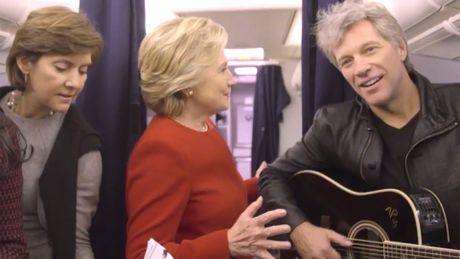 De nhat phu nhan Michelle Obama va Hillary Clinton lam nong 'thu thach nguoi tuong' - Anh 2