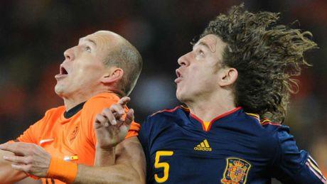 Puyol khong coi Ronaldo la doi thu kho xoi - Anh 10