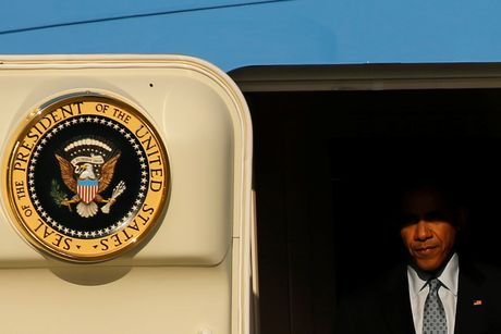 Obama mang noi buon Trump theo chuyen cong du cuoi cung - Anh 1