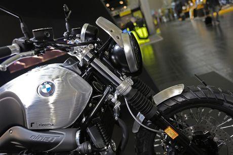 BMW R NineT Scrambler do do choi hang hieu Rizoma - Anh 2