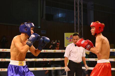 Khan gia hao hung voi tran chung ket boxing tai Ha Noi - Anh 4