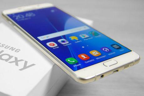 Samsung Galaxy A9 ve gia duoi 7 trieu dong tai Viet Nam - Anh 2