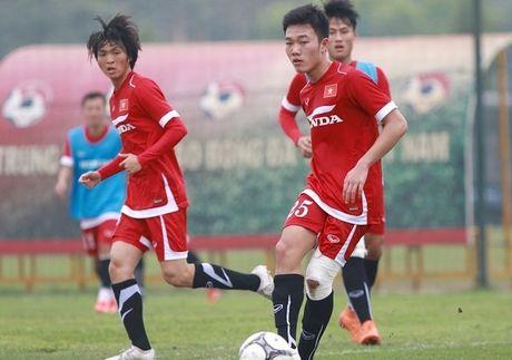 Tin nong bong da 15/11: Xuan Truong, Tuan Anh dang xem nhat AFF Cup - Anh 1
