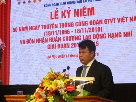 Cong doan GTVT VN don nhan Huan chuong Lao dong hang Nhi - Anh 4