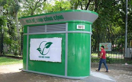 Ha Noi: Dua vao su dung 200 nha ve sinh cong cong truoc Tet Nguyen dan 2017 - Anh 1