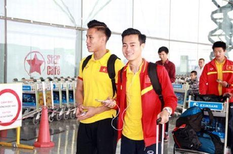 Tuyen Viet Nam len duong toi Myanmar du AFF Cup 2016 - Anh 1
