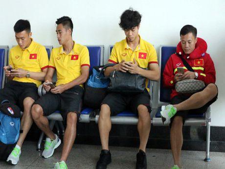 Tuyen Viet Nam hao hung len duong 'san' vang AFF Cup 2016 - Anh 7