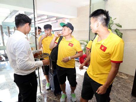 Tuyen Viet Nam on dinh noi an, chon o tai Myanmar - Anh 3