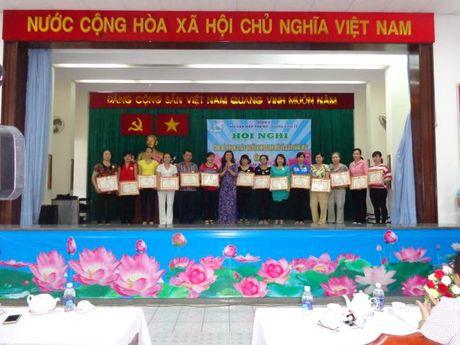 Hoi LHPN Q.5: Tong ket phong trao 'Nguoi kinh doanh moi' nam 2016 - Anh 1