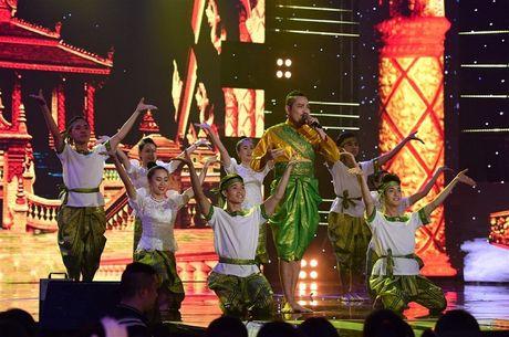 Hoc tro Dam Vinh Hung dang quang quan quan Tuyet dinh song ca - Anh 4