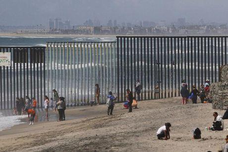 Giac mong My cua nguoi Mexico co tan thanh may khoi vi ong Trump? - Anh 14