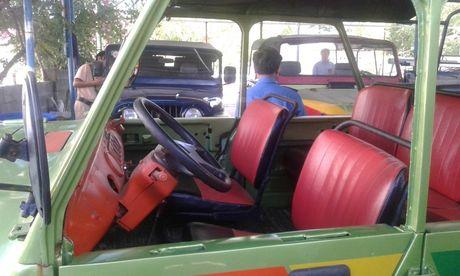 Tong kiem tra xe cho du khach nuoc ngoai khong an toan o Binh Thuan - Anh 2