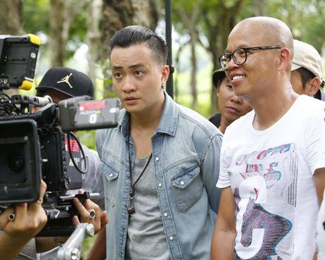 Luong Manh Hai lam trai bao trong Hotboy noi loan 2 - Anh 2