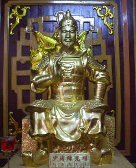 Chuyen chua ke ve vo chong vo tuong nuc danh su Viet - Anh 1