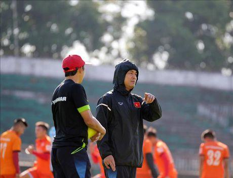 Xuan Truong duoc chon la ung vien cau thu xuat sac nhat AFF Cup 2016 - Anh 1