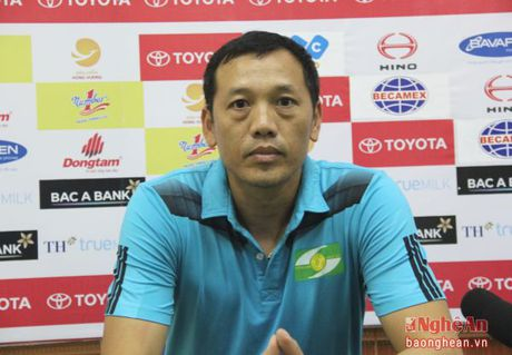 HLV Nguyen Duc Thang: 'Nguoi dac biet' - Anh 1