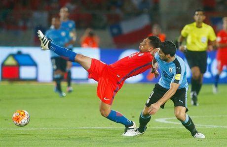 Sanchez lap cu dup, Chile nguoc dong nhan chim Uruguay - Anh 5