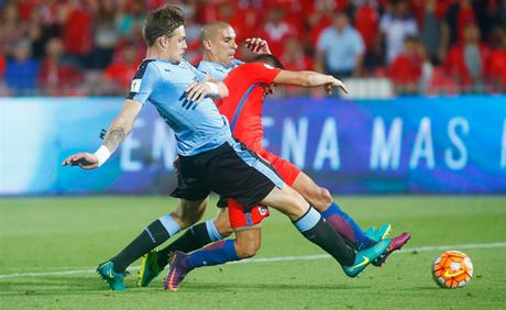 Sanchez lap cu dup, Chile nguoc dong nhan chim Uruguay - Anh 8